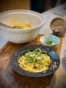 Read more about the article Špagety aglio olio