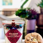 Koláčiky Cookies s lentilkami a mliečnou čokoládou v dóze