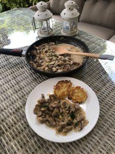Mäsko na hríbikoch – Zurcher Geschnetzeltes so zemiakovými plackami Rosti